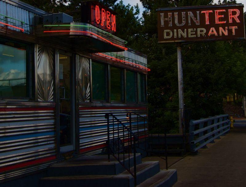 Diner + Restaurant = Dinerant