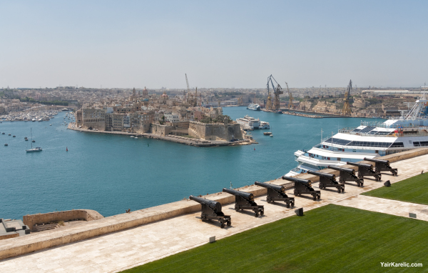 View of Grand Harbour from Upper Barraca Gardens