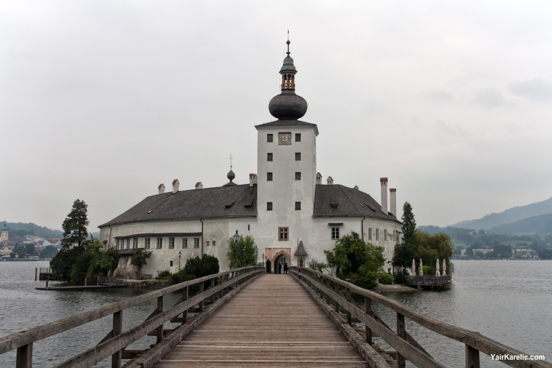 Schloss Ort in Traunsee lake