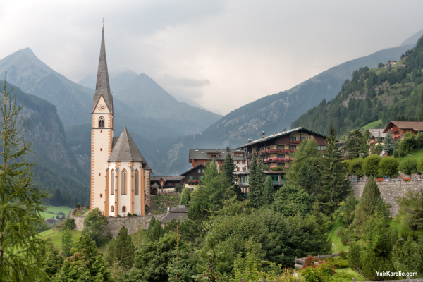 St Vincent Church and Grossglockner, Heiligenblut