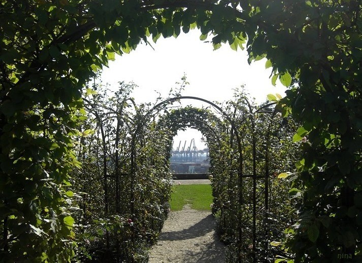 round arch