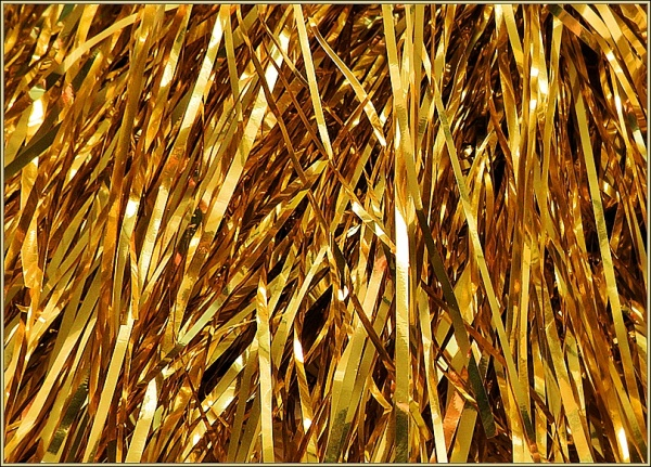 gold tinsel