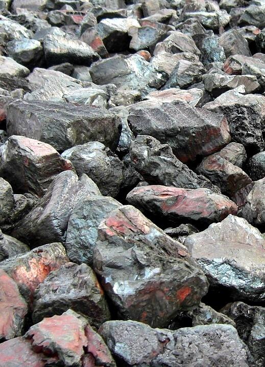 stones at the elbe river bank