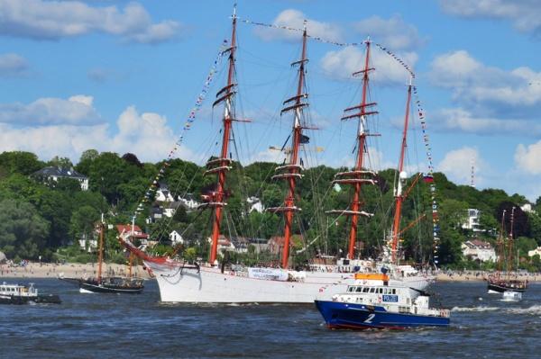 maritime parade I