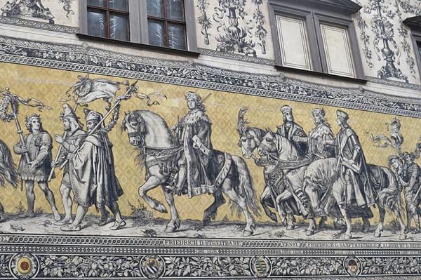 Fürstenzug - porcelain artwork in Dresden