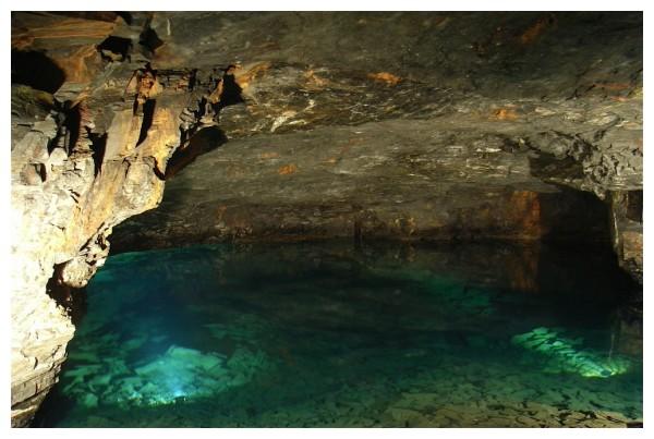 Dan Yr Ogof Caves (Wales UK)