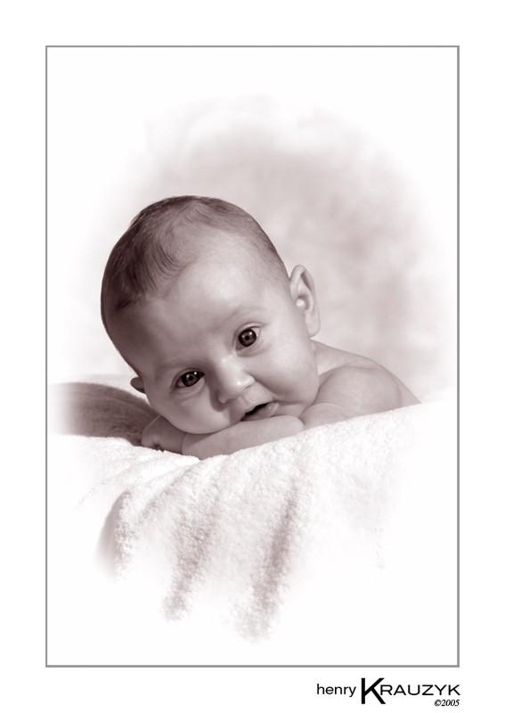 Baby Portraiture by Henry Krauzyk ©2005