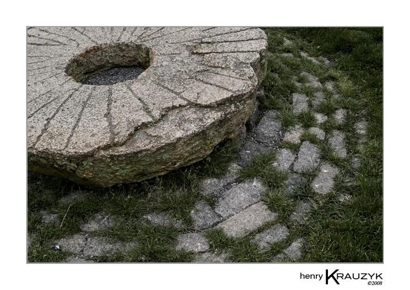Stone, Stones II by Henry Krauzyk@2008