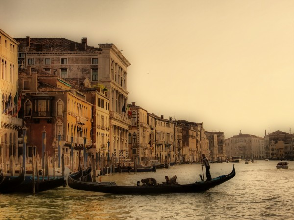 Gondola ? (Venise/Venice)