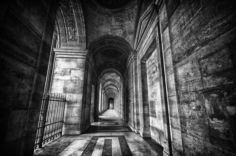 Dark'n Rough Louvre