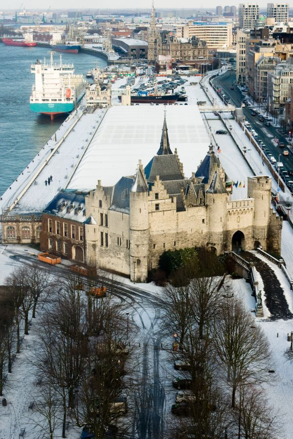 Snow in Antwerp