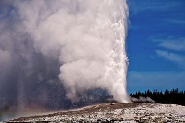 Old Faithful - Yellowstone National Park - Wyoming