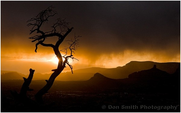 Strom clouds and sunset in Sedona