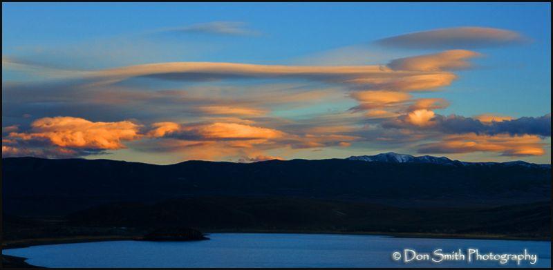 Lenticulars Over Topaz Lake