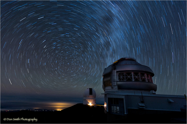 Observatories and night sky from Mauna Kea, Hawaii