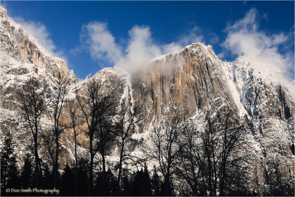 Winter mist and snow, Upsser Yosemite Falls