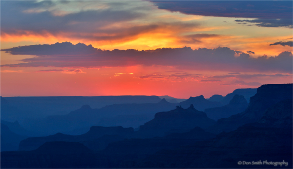 Dusk light, Grand Canyon NP, Arizona.