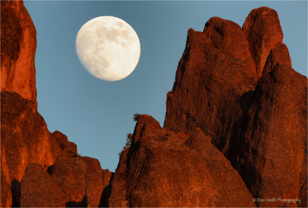 Moonrise over the high peaks, Pinnalces NM.
