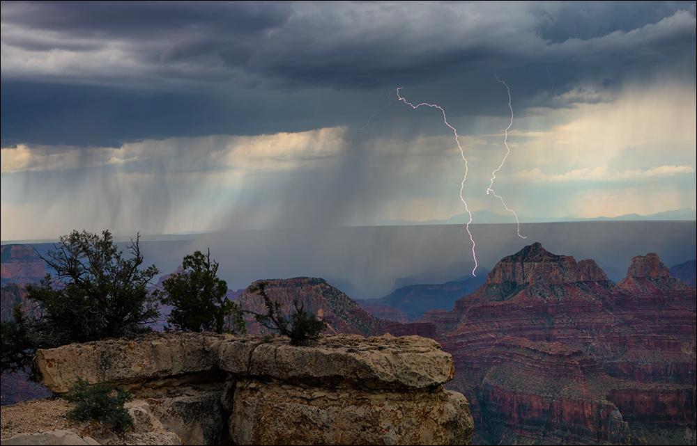 Daytime lightning, north rim, Grand Canyon
