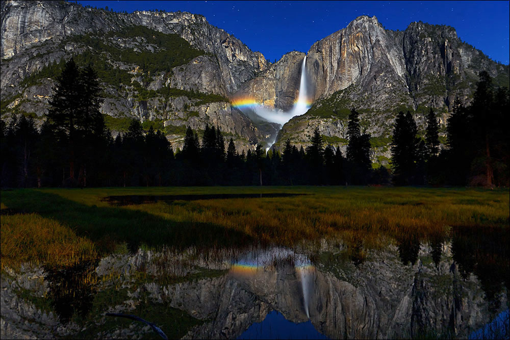 moonbow, Yosemite Falls, Yosemite National Park