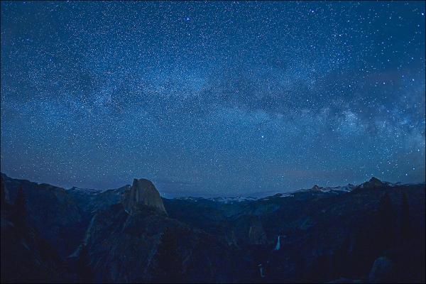 Yosemitie high country under the stars.
