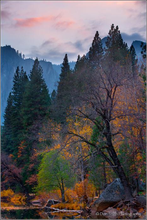 Yosemite National Park, Merced River, sunset