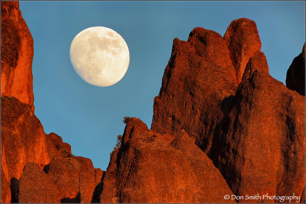 Moonrise Over High Peaks, Pinnacles National Park