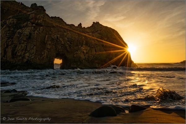 Sony a6300 :: Keyhole Arch :: Pfeiffer Beach
