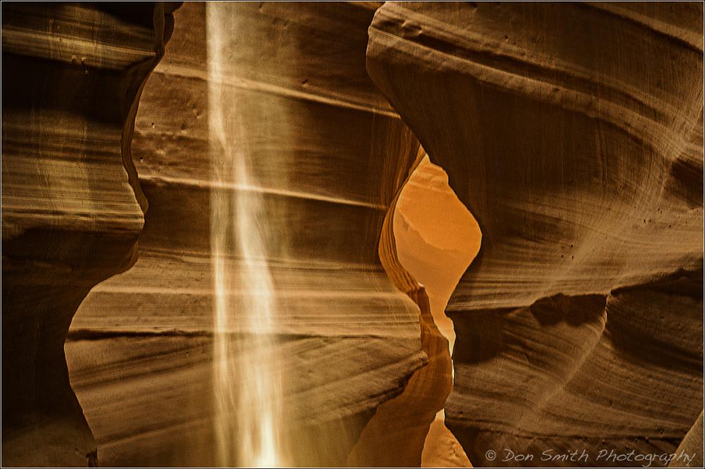Heavenly Light :: Upper Antelope Canyon