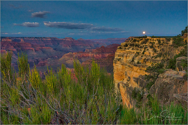 Moonise Over Powell Poiint Grand Canyon