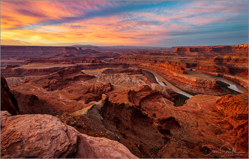 Dawn at Dead Horse Point State Park, Utah
