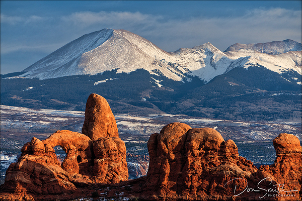 Turret Arch and La Sal Mountains, Arches NP