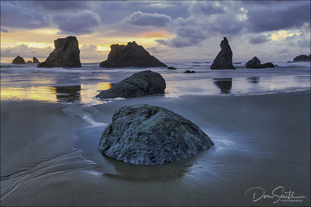 Face Rock Beach Sunset, Bandon, Oregon