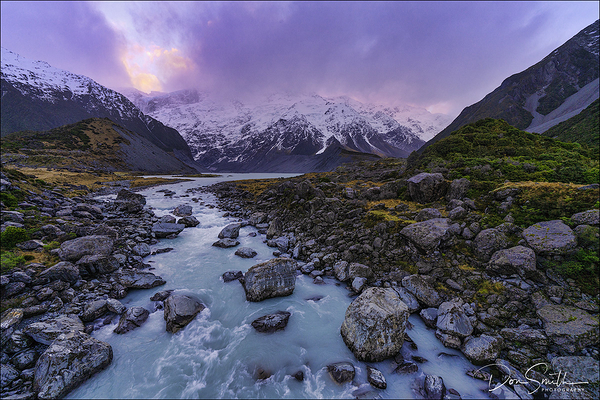 Mueller Lake, Aoraki Mt. Cook National Park