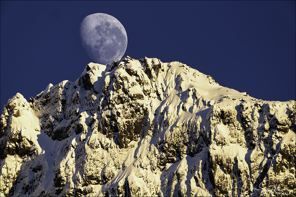 Moonset, Fiordland National Park, New Zealand