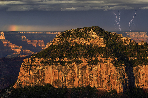 Lightning Bolts and Rainbow at Grand Canyon NP
