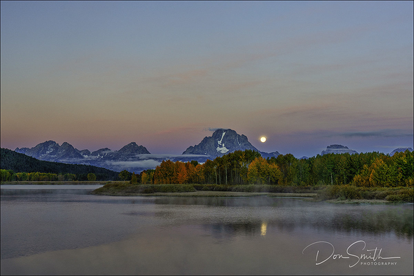 Moonset, Oxbow Bend, Grant Teton National Park