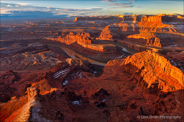 Walkiing Tour of Delicate Arch, Mesa Arch and More