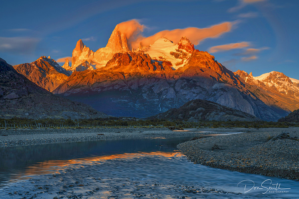 Alpenglow on Mt. Fitzroy, El Chalten, Patagonia