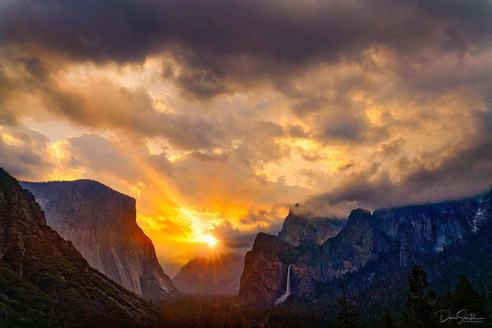 Sunrise Over Yosemite Valley, Yosemite NP