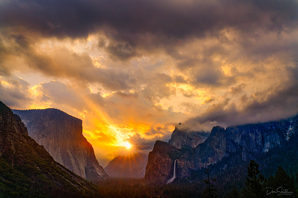 Sunrise Over Yosemite Valley, Yosemite NP