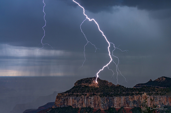 Too Close for Comfort, Lightning, Grand Canyon