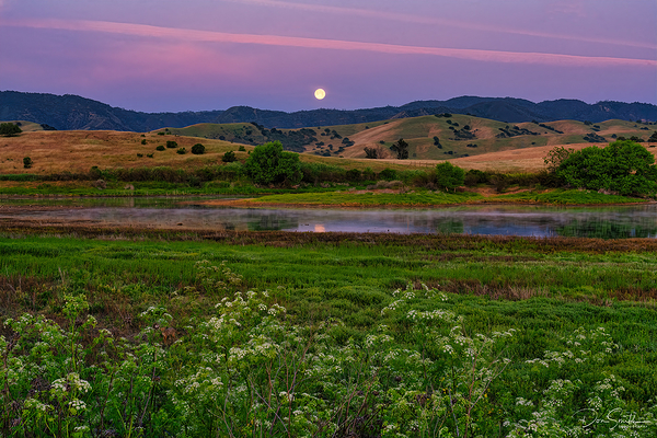 Moonset at Dawn, Central California
