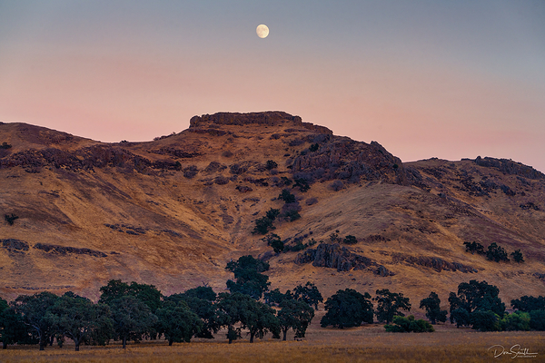 Wild West Moonrise, Central California