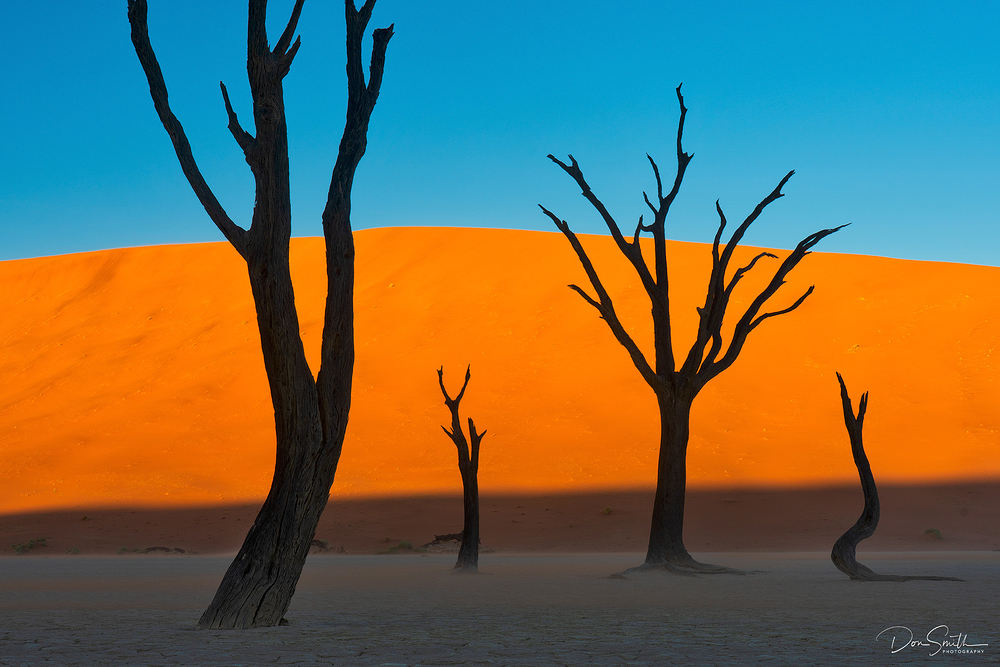 Susnet at Deadvlei, Namibia