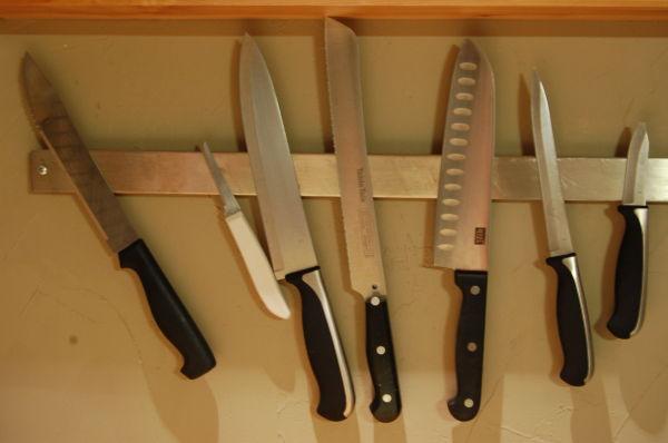 seven knives