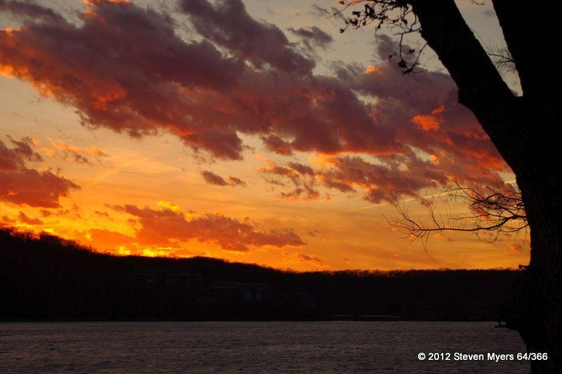64/366 Sunset