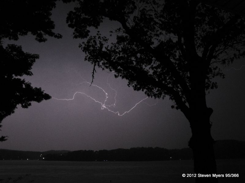 95/366 Lightning and Lake