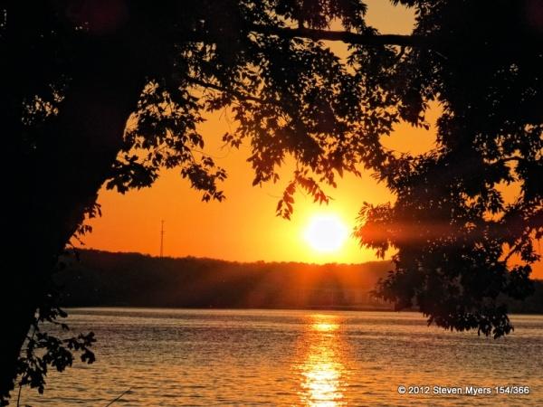 154/366 Lake of the Ozarks Sunset