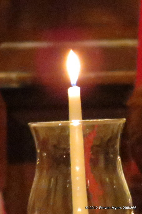 298/366 Candle light